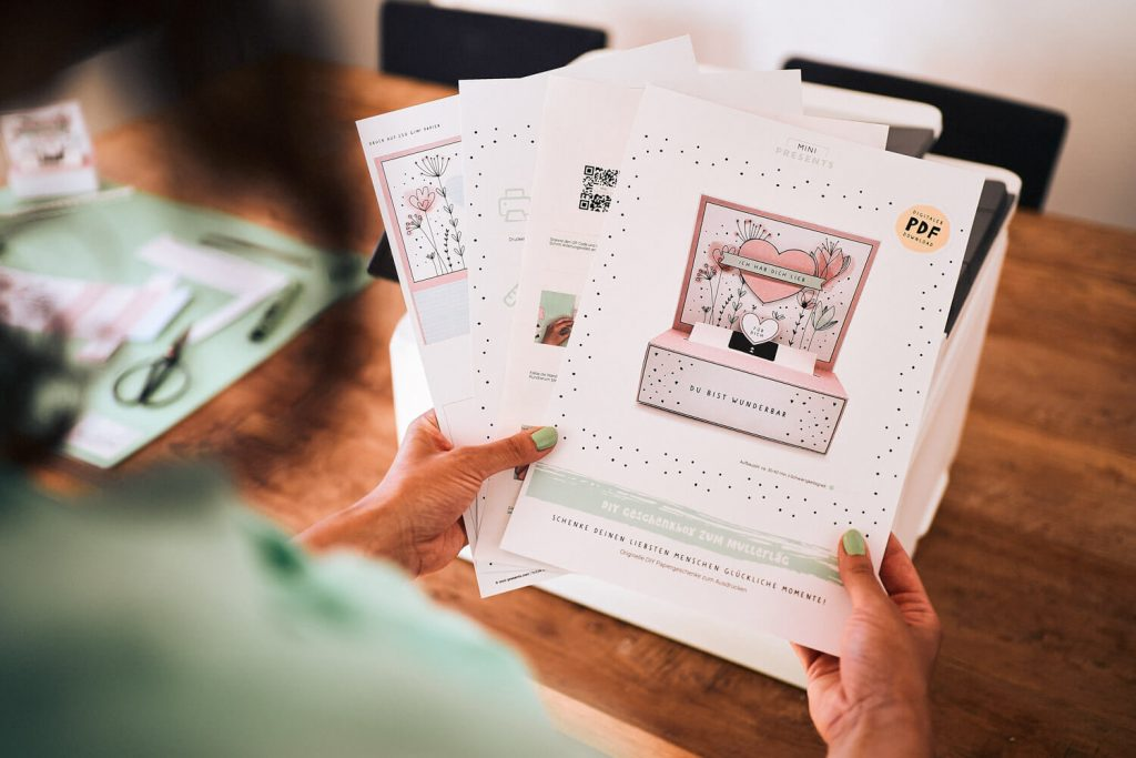 mini-presents Bastelmaterialien Papier