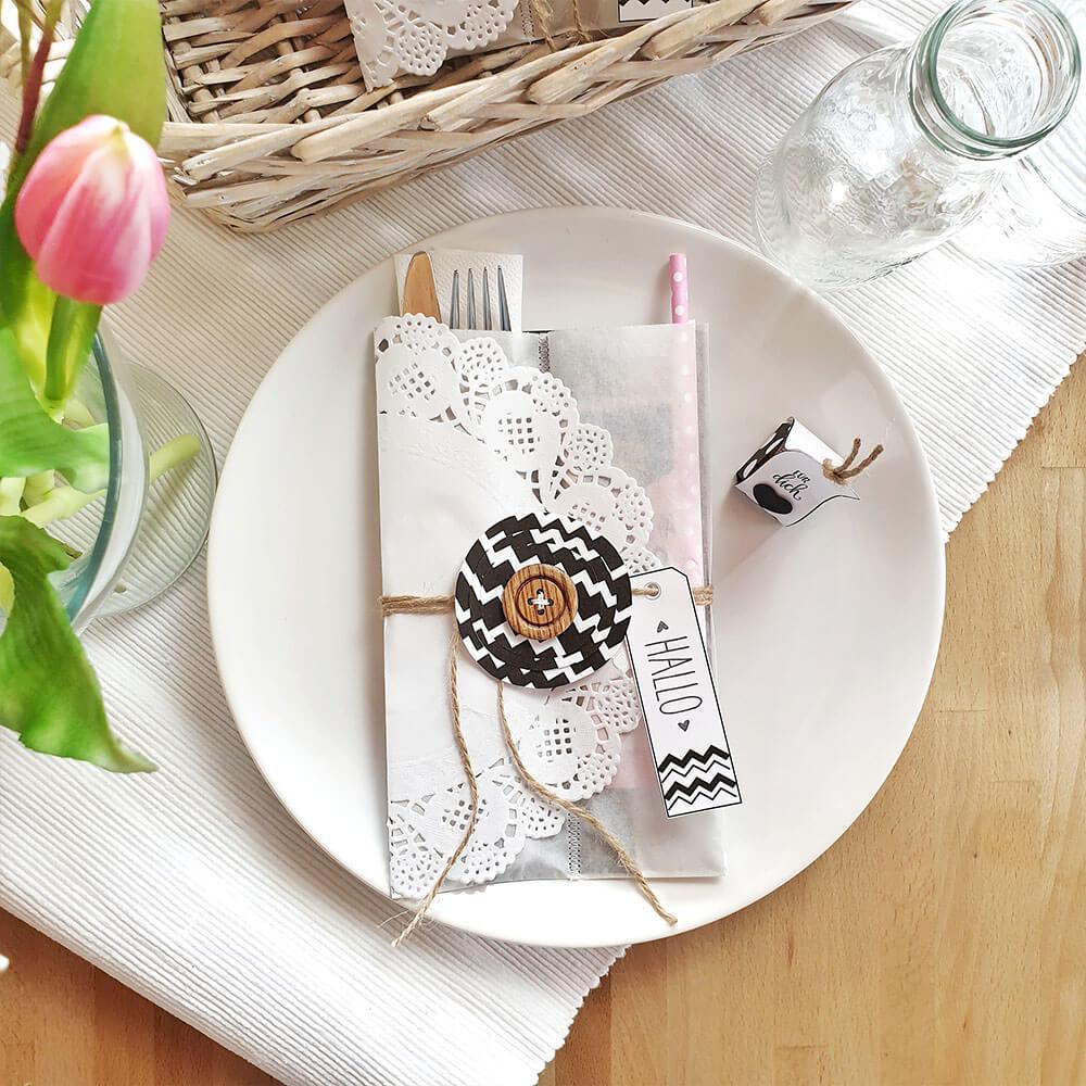 DIY Bestecktasche schwarz weiß